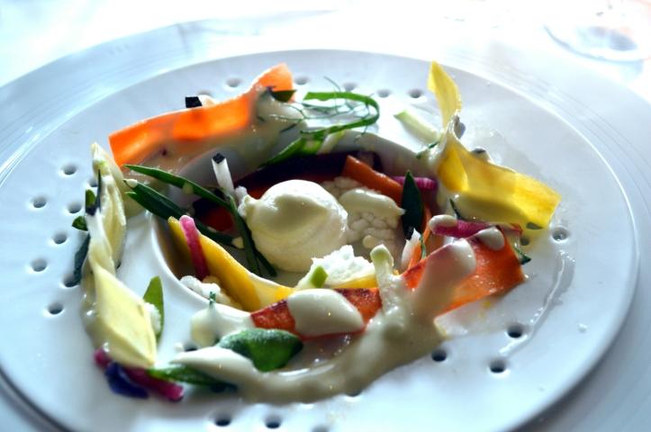 Jardin végétal et crème d'huître : douce entrée en matière sur l'huitre