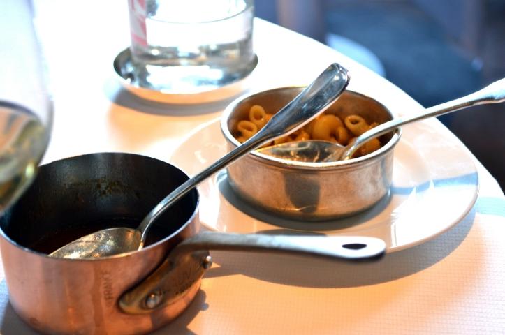 Coquillettes aux truffes et jus de viande : cuisine les coquillettes, c'est un peu l'extase quand même